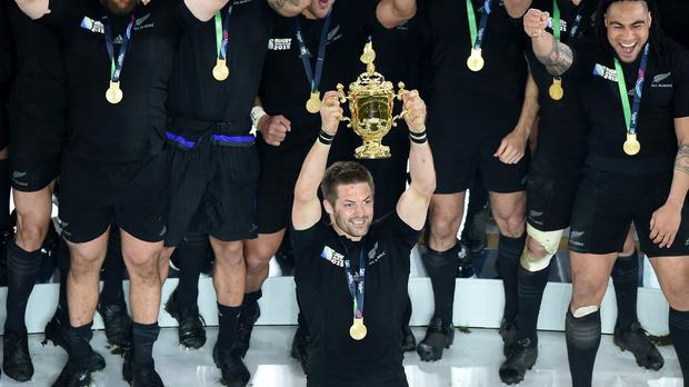 New Zealand's Richie McCaw has announced his retirement after becoming the only man to lift the World Cup twice.