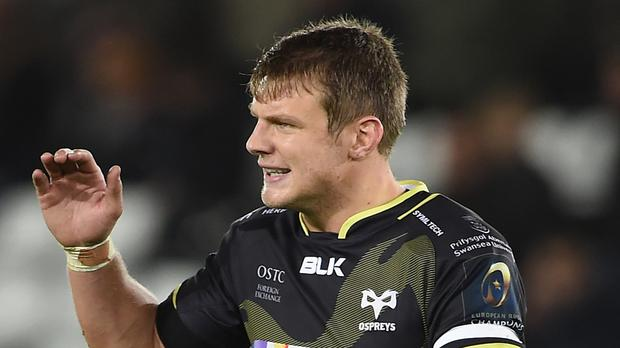 Dan Biggar kicked nine points as the Ospreys ran Clermont close