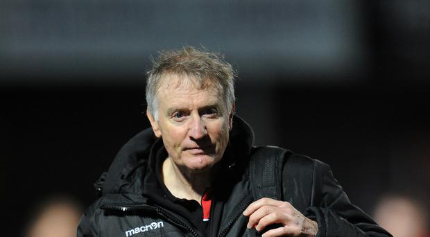 Edinburgh head coach Alan Solomons has extended his contract until the end of next season