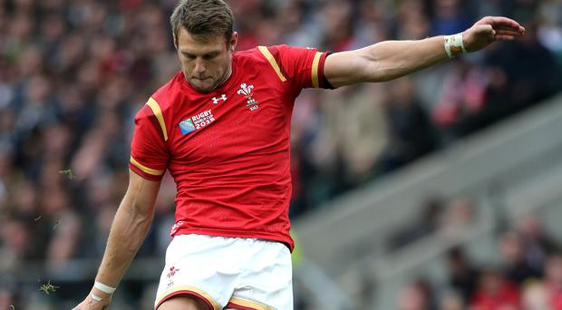 Dan Biggar has re-signed a national dual contract committing his future to Ospreys and Wales