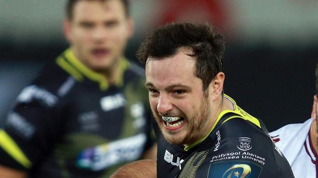 Dan Evans scored a try in Ospreys' victory over Newport Gwent Dragons