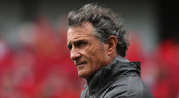 France head coach Guy Noves has changed his side for the clash with Ireland
