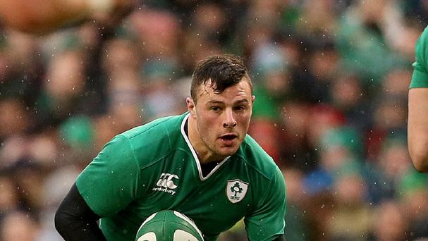 Ireland centre Robbie Henshaw will join Leinster on a three-year deal from Connacht in the summer