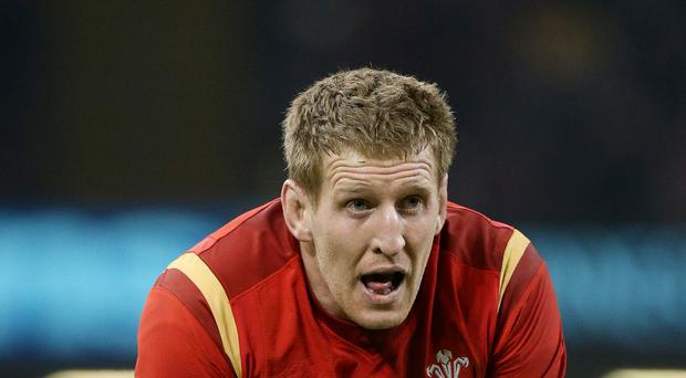 Wales international Bradley Davies is to leave Wasps and join Ospreys on a national dual contract