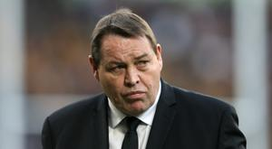 Steve Hansen has extended his contract to coach New Zealand