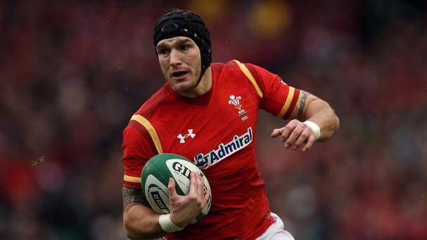 Wales wing Tom James has agreed a new contract with Cardiff Blues