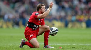 Leigh Halfpenny helped Toulon secure a 15-5 win over Sale on Friday night
