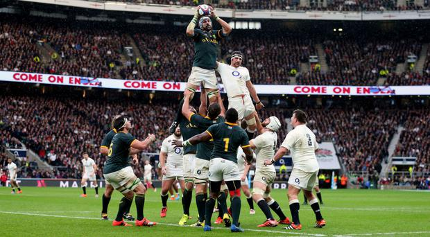 Victor Matfield wins a lineout for South Africa at Twickenham in 2014