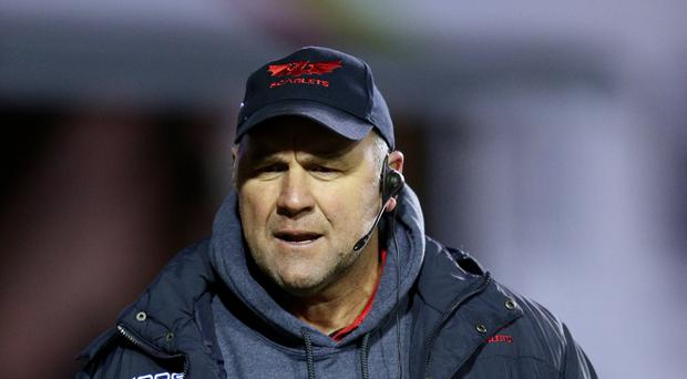 Scarlets head coach Wayne Pivac expects a major challenge from European Champions Cup opponents Saracens on Sunday