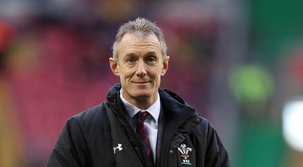 Interim head coach Rob Howley wants the Principality Stadium roof closed for Wales' Six Nations games