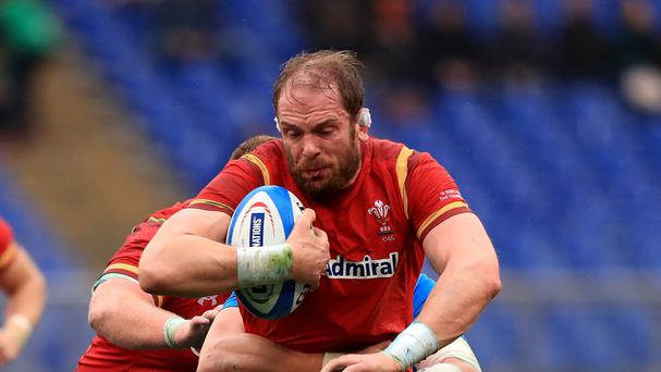 Wales captain Alun Wyn Jones has set his sights on bouncing back from defeat against England