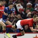 Liam Williams goes in for Wales' try