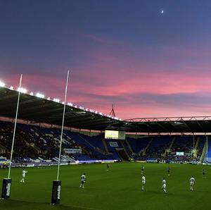 London Irish are set to stay at the Madejski Stadium following their takeover by a group of London-based Irish businessmen.