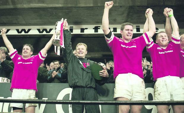 Jonathan Bell (far right) will be looking to get one over his old team-mate from Ulster's 1999 European Cup success, Mark McCall (second left) on Saturday