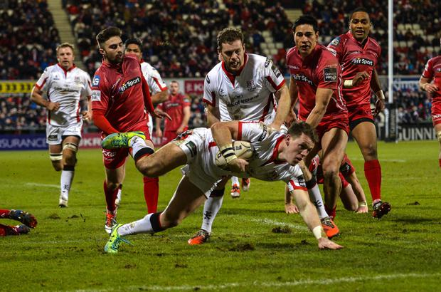 Craig Gilroy scores a stunning try for Ulster