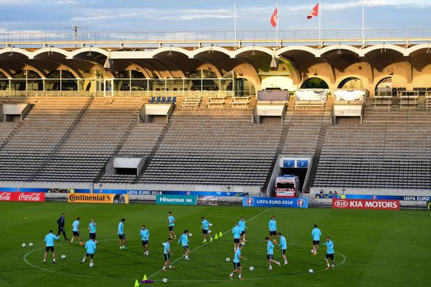 Pitch battle: Bordeaux have lost just once at the Stade Chaban-Delmas this season but Ulster have flagged the playing surface as an issue