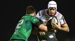 Louis Ludik takes on Connacht's Tom Farrell in last year's clash