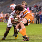 Full throttle: Henry Speight powers past Walt Steenkamp