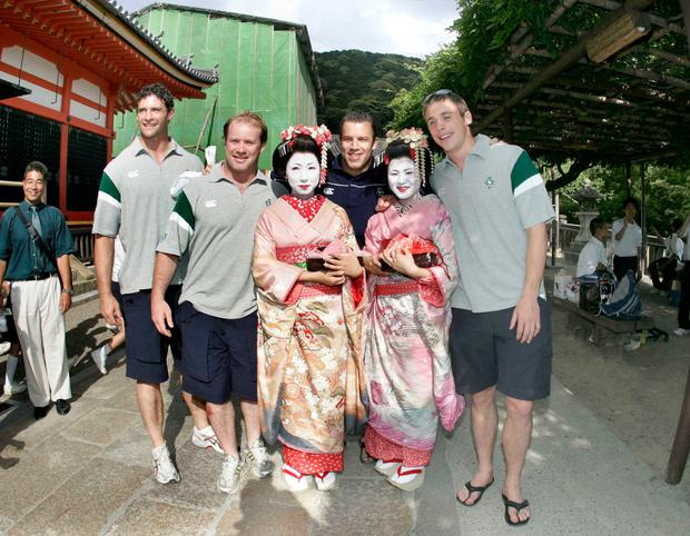 Tourists: Trevor Hogan, Frankie Sheahan, Kevin Maggs and Tommy Bowe meet Geisha girls at the Kiyomizu Temple, Kyoto