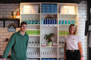 Pictured: Brother and sister duo, psychology graduate Rachel McSporran (23) and RBAI AS Level student, Thomas Johnston (17) are joining the frontline effort to keep food and essentials flowing in South Belfast, with the launch of a new pop-up shop.