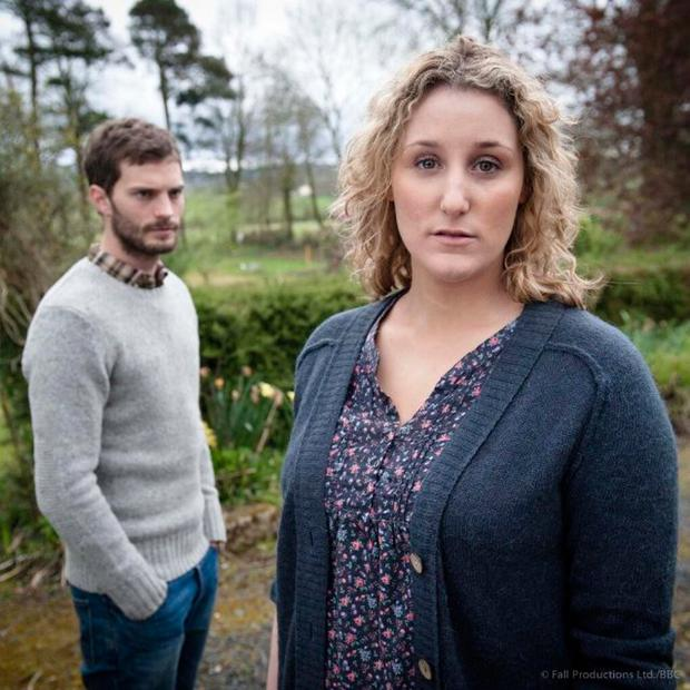 The serial killer Paul Spector (Jamie Dornan) and his wife Sally Ann (Bronagh Waugh) - (C) Artists Studio - Photographer: Steffan Hill