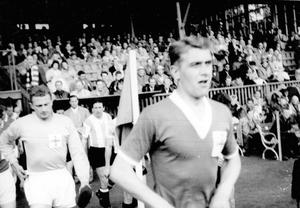 Willie Cunningham played for St Mirren, Leicester City and Dunfermline and also won 30 caps for Northern Ireland, including five matches at the 1958 World Cup.