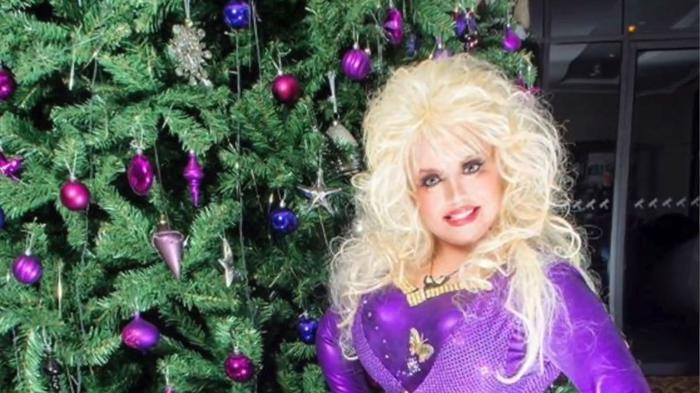 video irelands only dolly parton tribute act donna fleming is bringing a special christmas show to belfast belfasttelegraphcouk